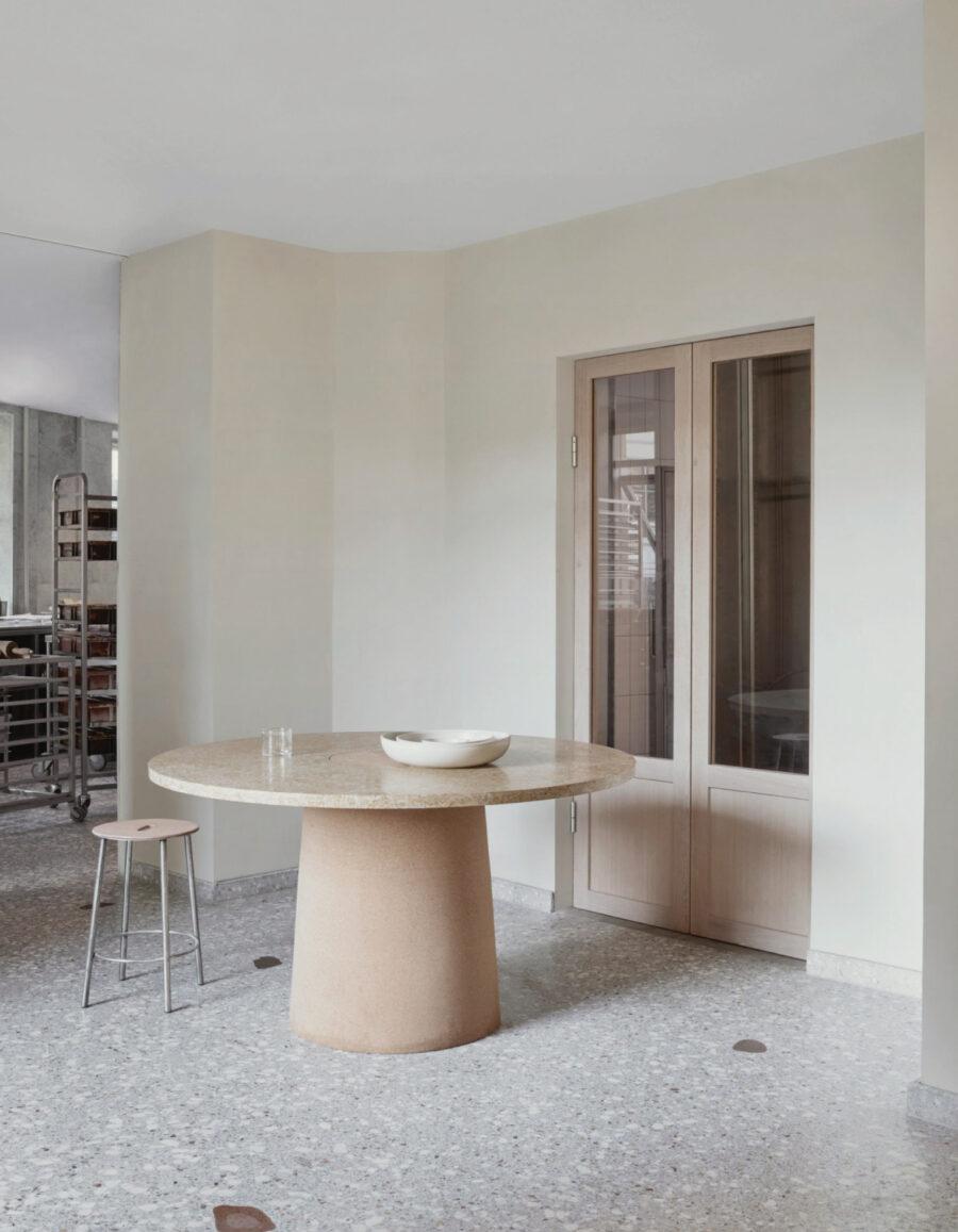 panaderia minimalista Juno Frama