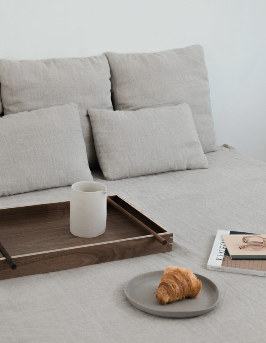 bandeja comida madera minimalista noten Jose Bermudez pirwi