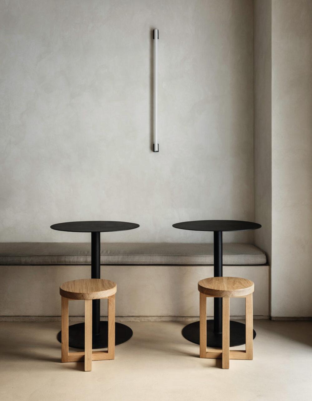 restaurante minimalista zuppa plantea estudio