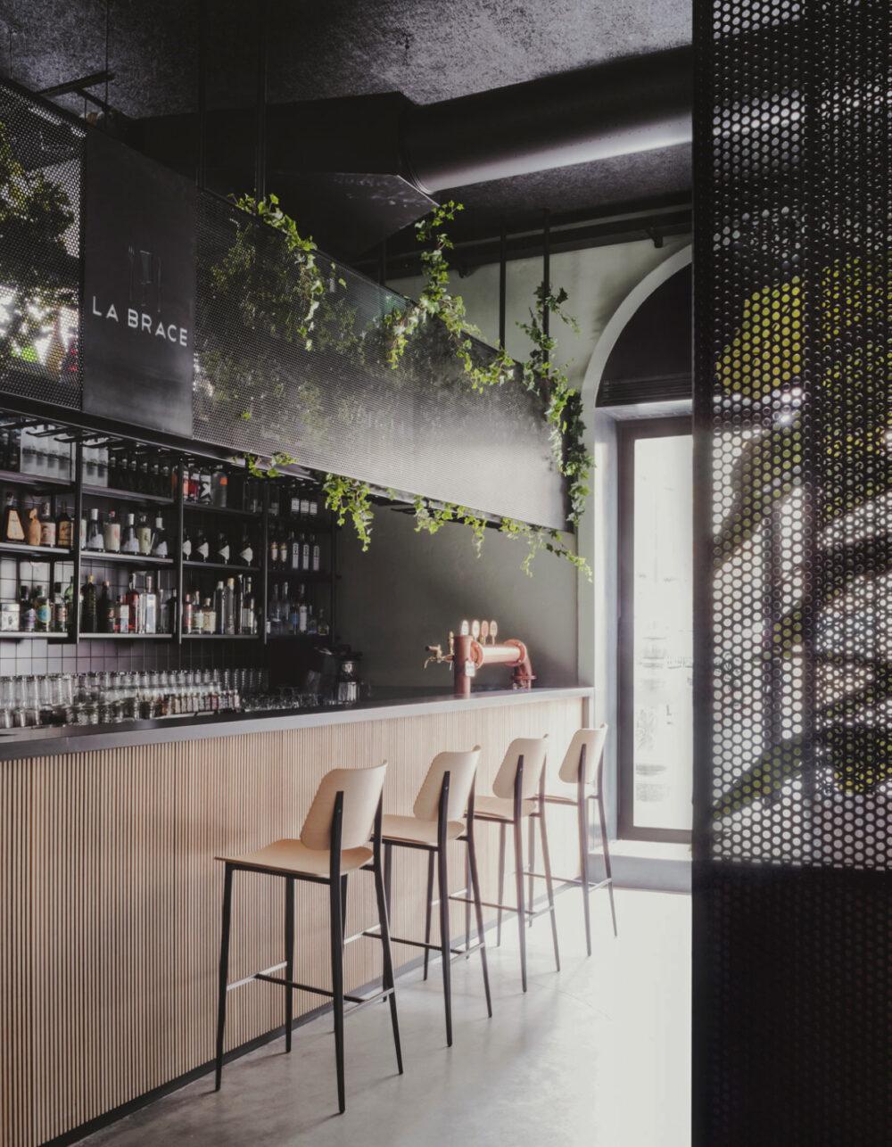 restaurante minimalista la brace studio didea venustas