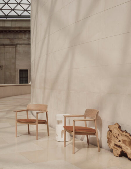 silla madera minimalista ovo chair benchmark foster partners
